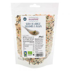 Sopa de arroz, legumes e algas